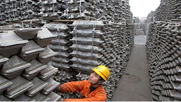هراسها و تردیدهای حاکم بر بازار فولاد